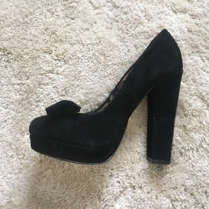 Betsy Johnson Suede Pinup heel